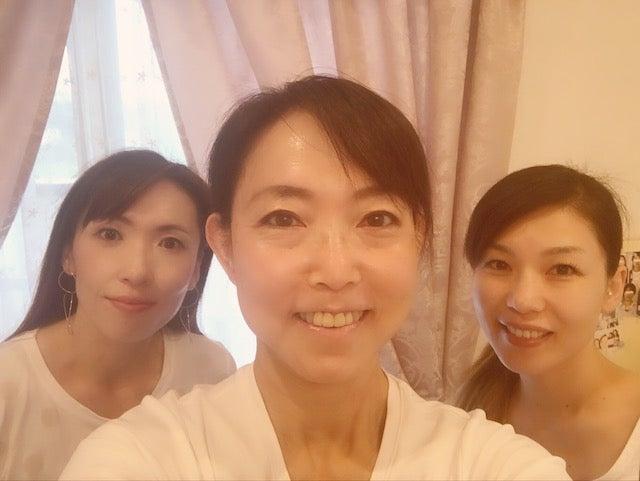 【受講の感想】京都市南区〜「初日からどんどん自分の顔が変わってびっくり!」の記事より