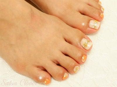 夏のビタミンカラー、オレンジの縦グラデーション☆自爪に優しいカルジェルのフットネイル