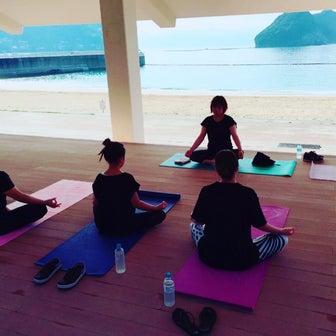 海の日浜ヨガイベント☆太陽礼拝