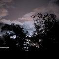 梅雨の合間の立待月~山郷の庭にて観望