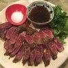 藤沢市辻堂のパクチービストロザンシンでやはり牛ステーキとパクチー焼き餃子と鶏カラの画像