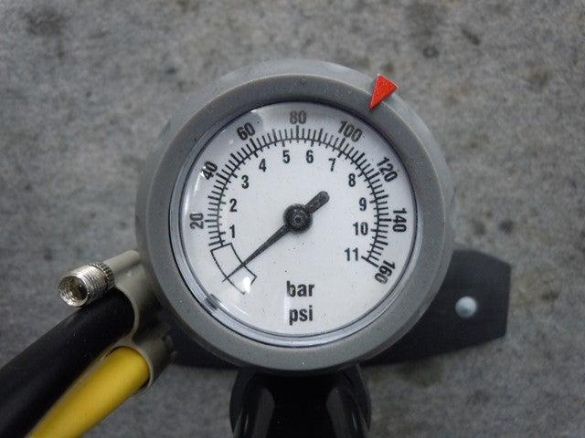 単位 タイヤ 空気圧