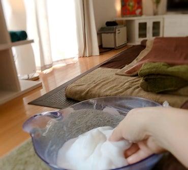 「人生で足が泡でぜんぶ包まれるって、なかなかない経験だよね」の記事より
