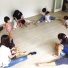 安心感が手に入るリズム体操(1~3歳親子クラス)小金井教室の記事より