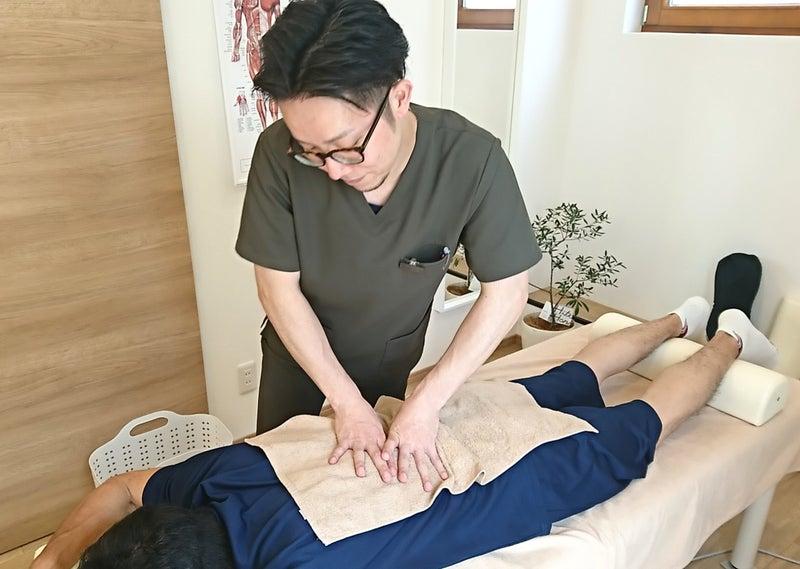 東川口・浦和美園でおすすめの整骨院 たはら整骨院&nicot 腰痛・肩こり 施術風景