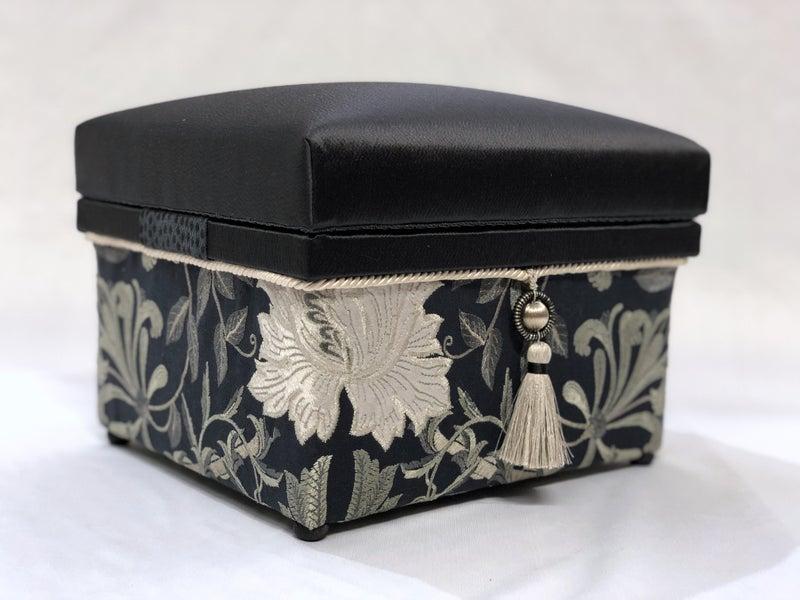 アトリエアンヴォワ インテリア茶箱 のりMサイズ ウイリアムモリス 収納箱 茶箱