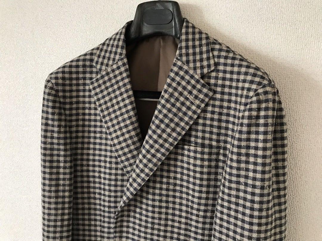 ビジネスカジュアルなジャケットスタイル