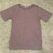 *しまむら購入品*気になっていた窓空きネックの半袖Tシャツ
