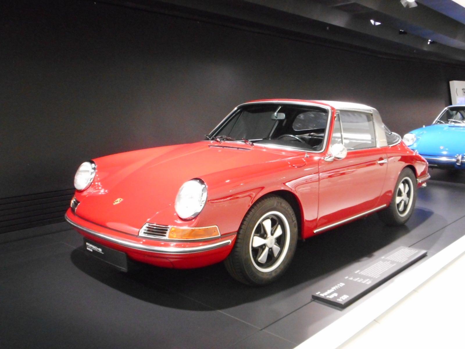 1//87 Brekina Porsche 911 targa orange 16262