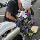 息子が私のバイクの修理をしてくれました。親として嬉しい瞬間ですね!の記事より