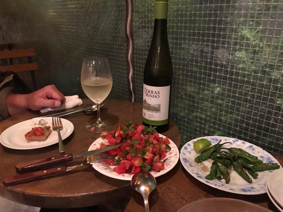 ポルトガル料理とグリーンワイン