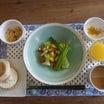 朝食は家内と二人フルーツサラダ+エッグマフィン!