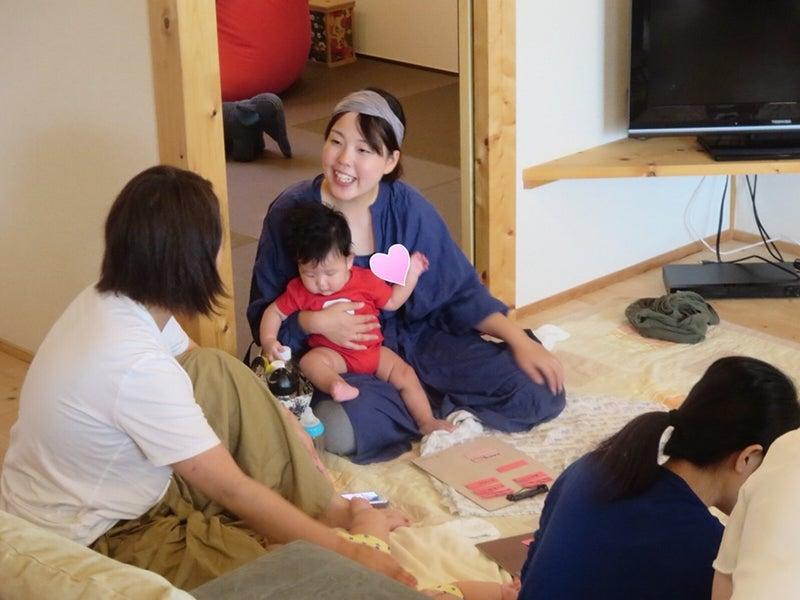 子育ちサークル ママ友 ベビーマッサージ タッチケア 生後2か月7か月3カ月4か月5か月6か月