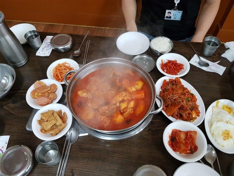 お昼にタットリタン(닭도리탕) | しゅなのブログ