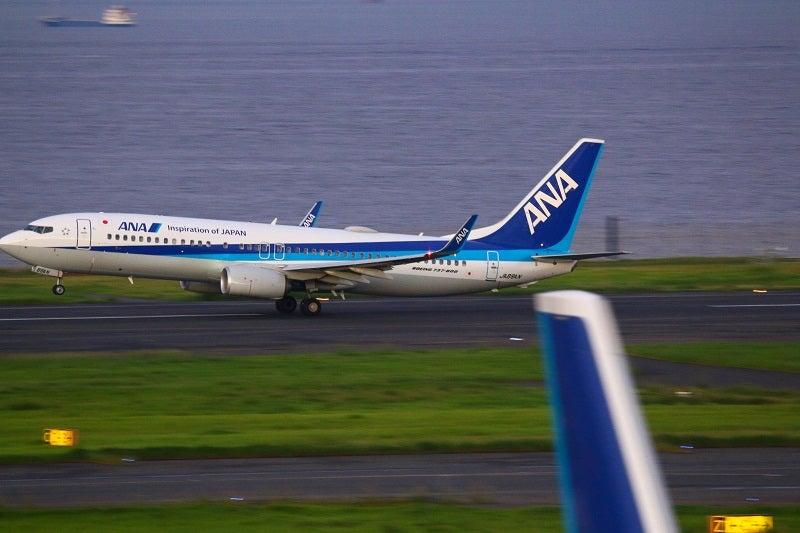飛行機ANA