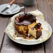 【改良レシピ】材料4つでバスク風チーズケーキ