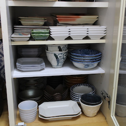 画像 食器棚の整理を兼ねて棚を増やしました の記事より 10つ目