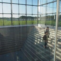 """画像 モエレ沼公園を象徴するモニュメント、ガラスのピラミッド """"HIDAMARI""""へ の記事より 9つ目"""