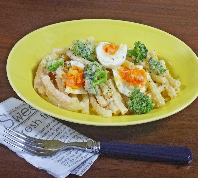 卵とブロッコリーの明太子マヨマカロニ