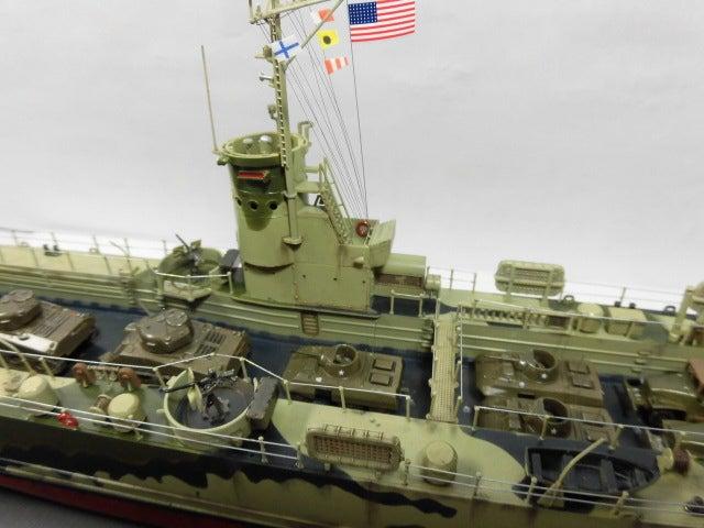 アメリカ海軍 中型揚陸艦 7 完成
