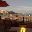 ロイヤルハワイアンホテル《マイタイバー》サンセットと夕食!ワイキキビーチ屈指のバーでごちそうさま