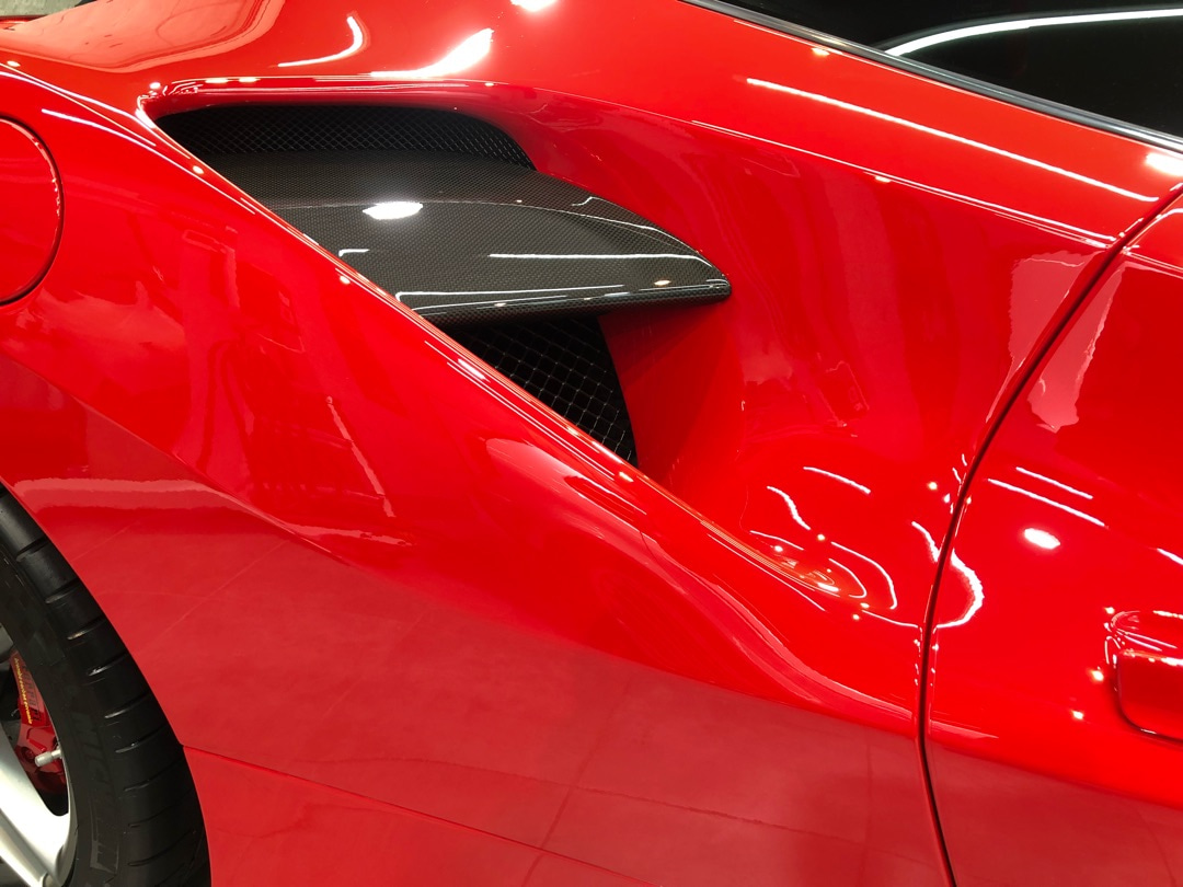 フェラーリ 488GTB TEVOナノクォーツコーティング (東京都北区)の記事より
