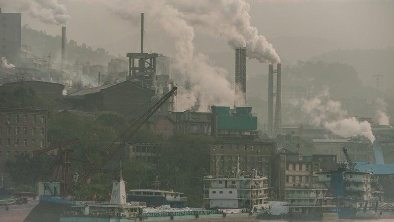 PM2.5を大量に発生させる公害
