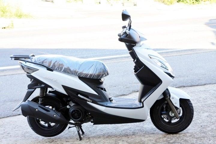 スズキ 125cc スクーターのメーカー在庫入荷状況とキャシュレス還元に