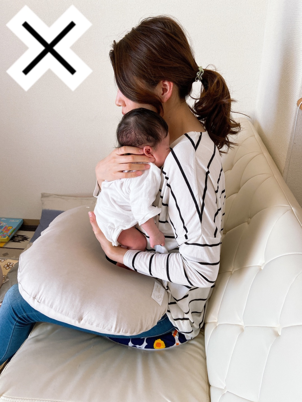 させ の 新生児 方 ゲップ