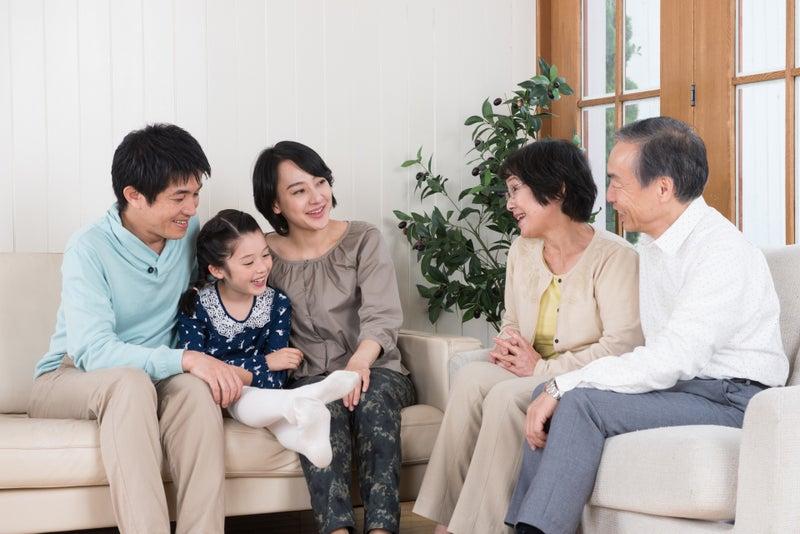 会話が弾む家族三世代