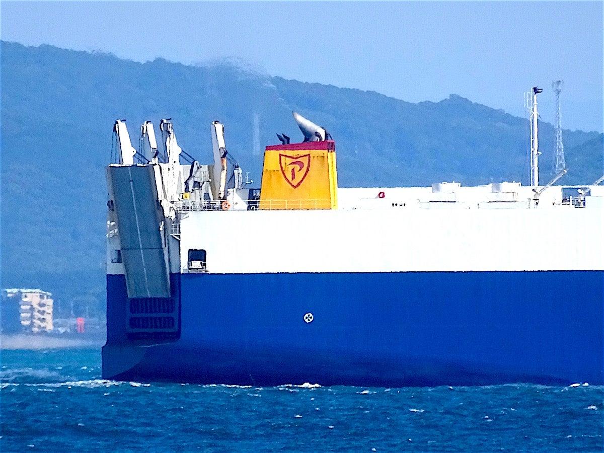 Ro-Ro船 フェニックス