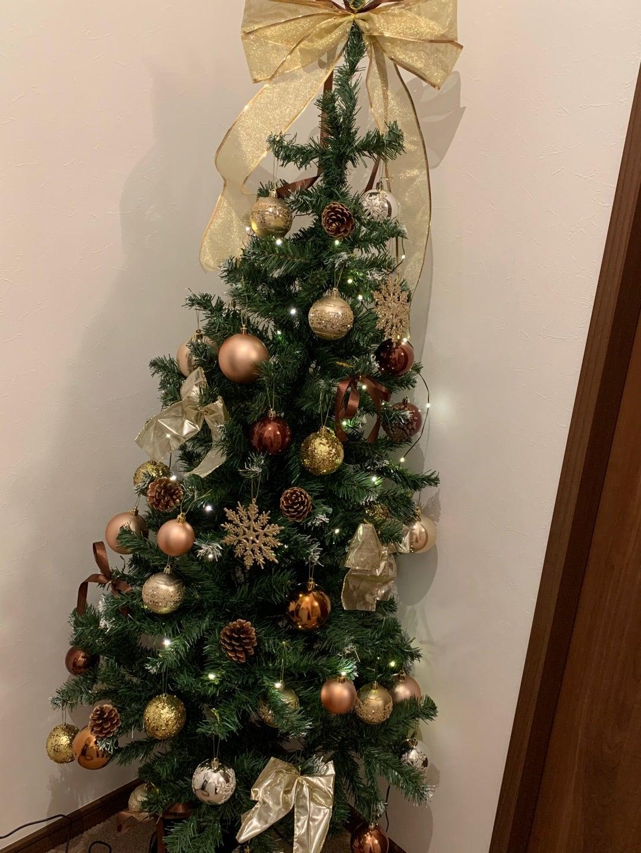 私の身長ほどの大きなクリスマスツリー♡