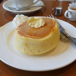 画像 厚切りパンのようなみっちり系ホットケーキ 小野珈琲 の記事より 1つ目