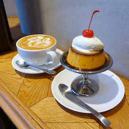 画像 焦がしカラメル濃厚プリン レギュラーメニュー 浅草 フェブズ コーヒー&スコーン の記事より 1つ目