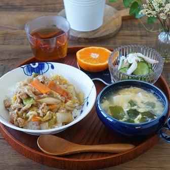 白菜と豚こまで簡単中華丼