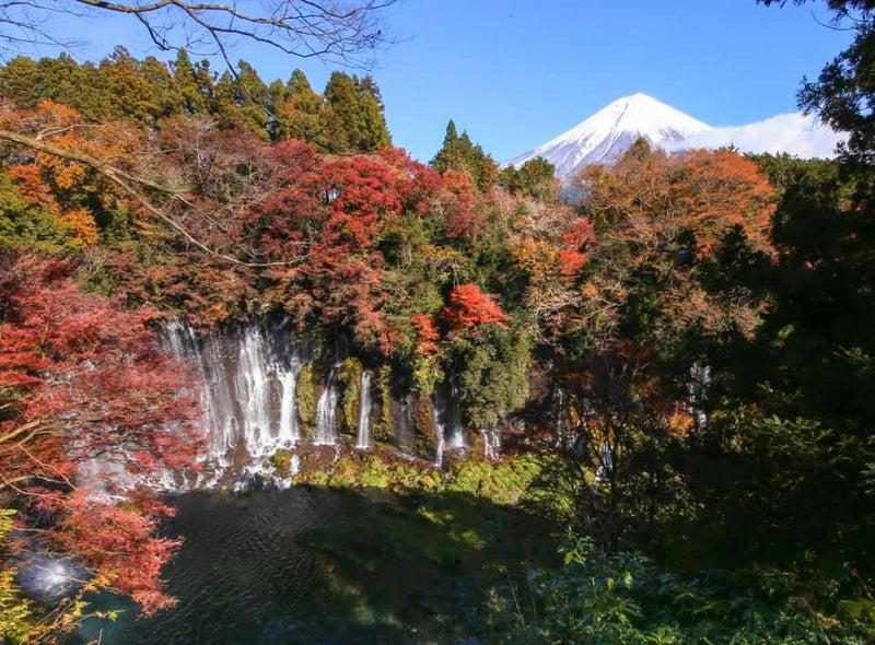 白糸の滝 紅葉 富士山