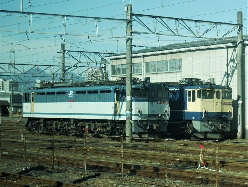 EF652089_1215