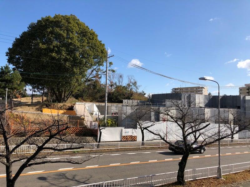 香里ケ丘図書館建設工事現場