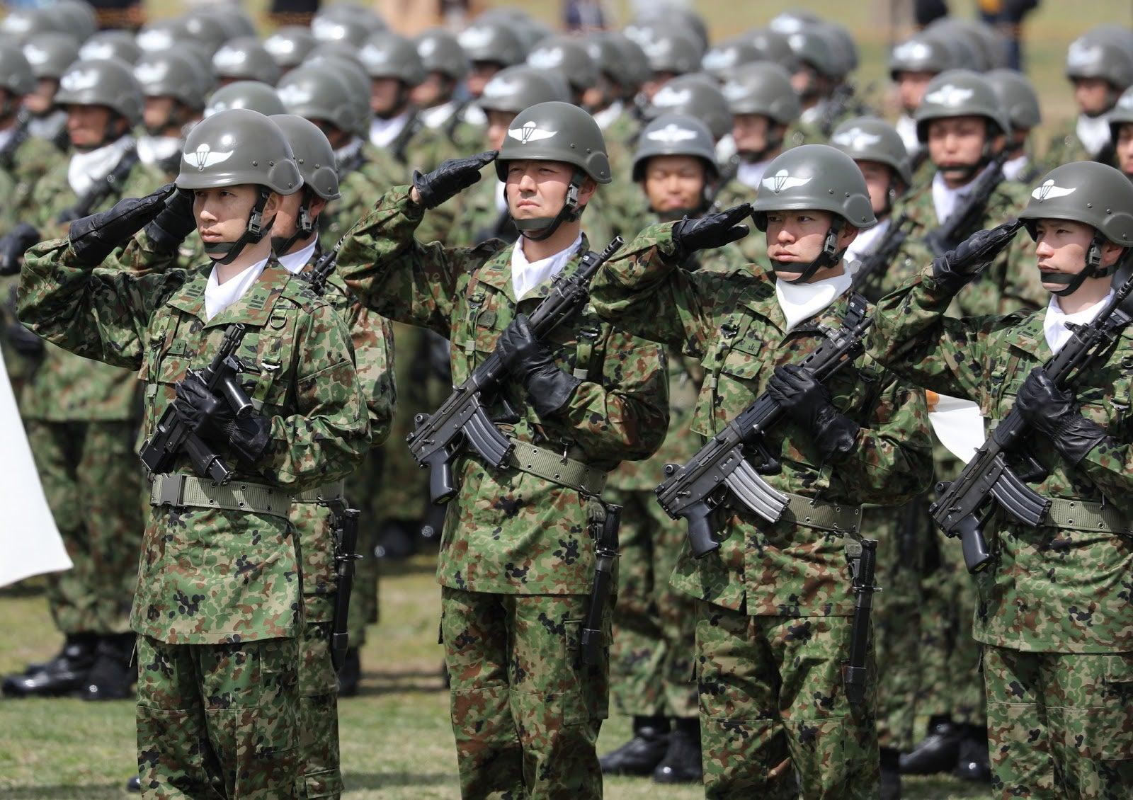 戦車兵のブログ陸上自衛隊「第1空挺団」降下訓練