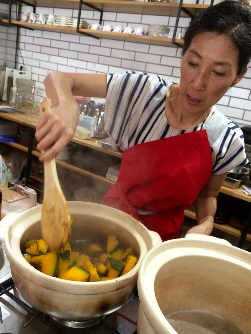 【延期】典加さんの食薬講座~若杉ばあちゃんのごま塩・黒焼き玄米茶~