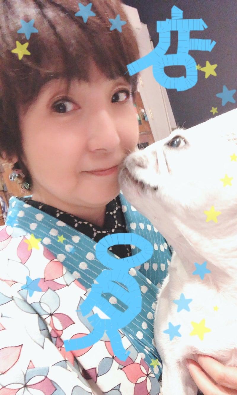 ヤバすぎ。   藤田朋子オフィシャルブログ「笑顔の種と眠る犬