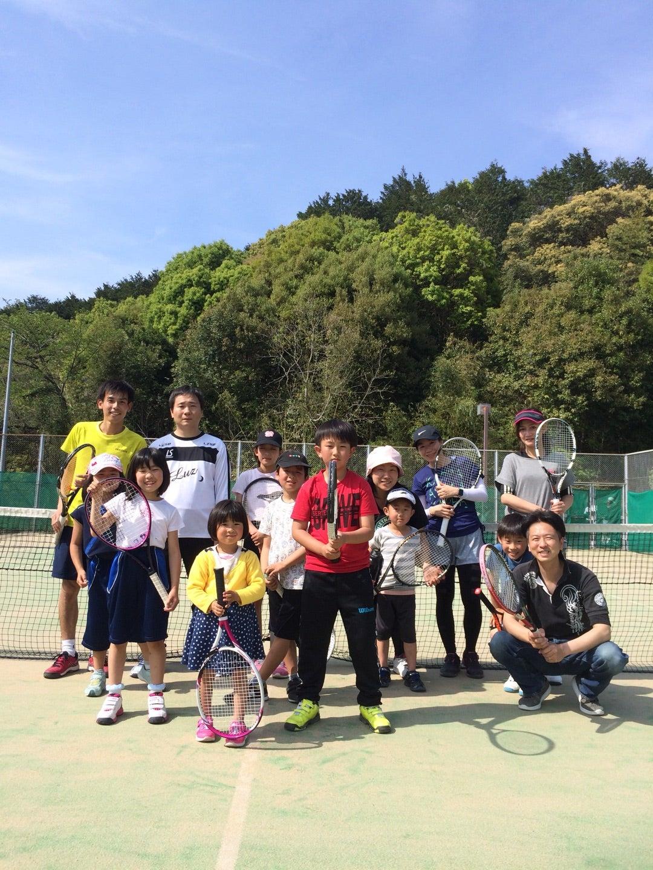 親子の絆が深まる!親子テニス教室の記事より