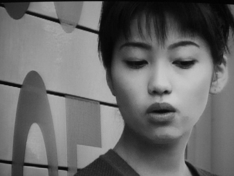 圭織 飯田 飯田圭織 石黒彩、保田圭と若見えメイクで「LOVEマシーン」MV再現