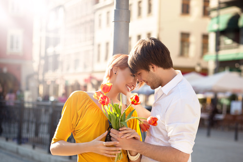 結婚相談所で成婚率№1 顧客満足度№1受賞 3万人以上の実績、30.40代の方の為の結婚相談所インフィニ佐竹悦子男性に対して特別扱いしたい心理を持つのはいつ?女性の気持ちについて