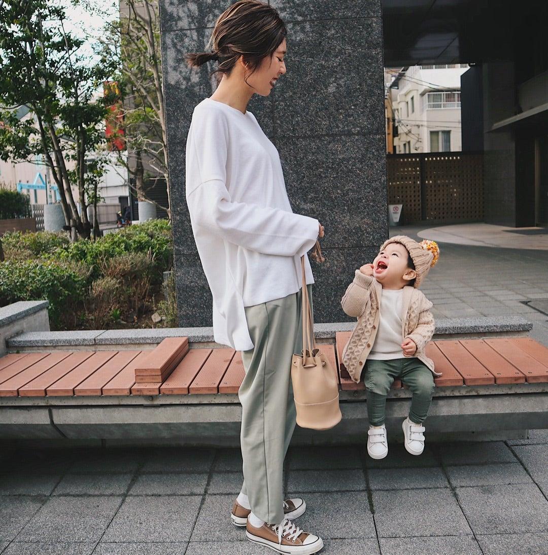 Gu タック コクーン シルエット パンツ 1990円GUタックコクーンシルエットパンツが今っぽコーデに大活躍!