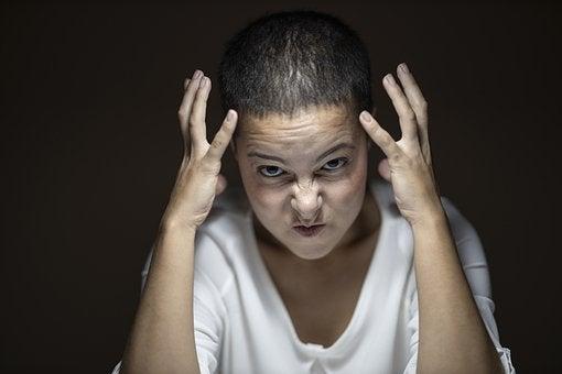 ストレスフルな人の写真