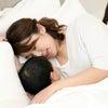 お子様の方を向いて寝ているとほうれい線が濃くなる可能性も!の画像