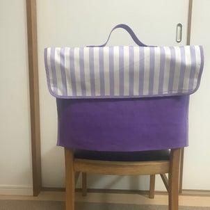 防災頭巾カバーを椅子の背もたれにの画像