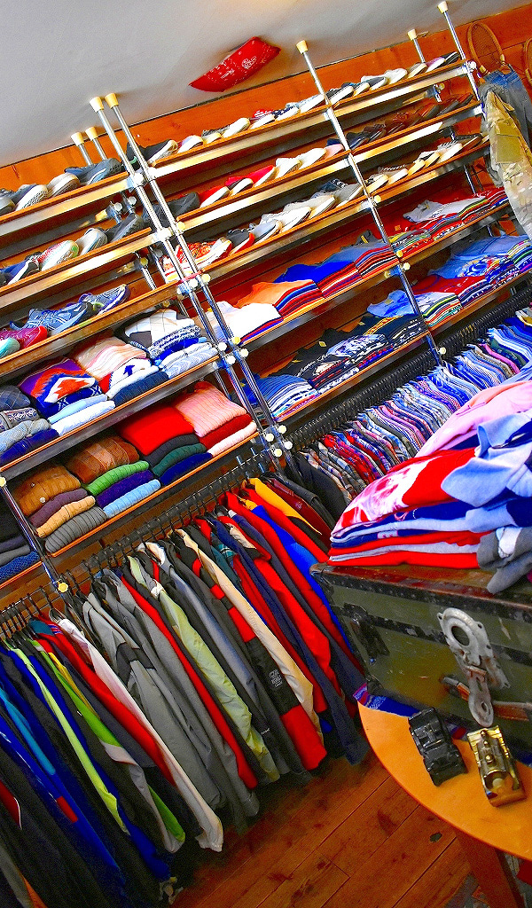 古着屋カチカチ店内画像Used Clothing Shop