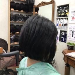 画像 くせ毛に喜ばれるキュビズムカット くせ毛軟毛の前下がりボブ の記事より 3つ目